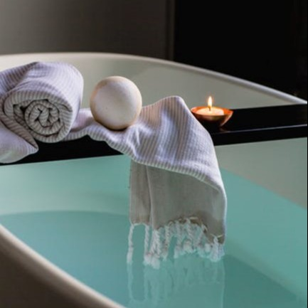 Calming Bath Elixir Headshot