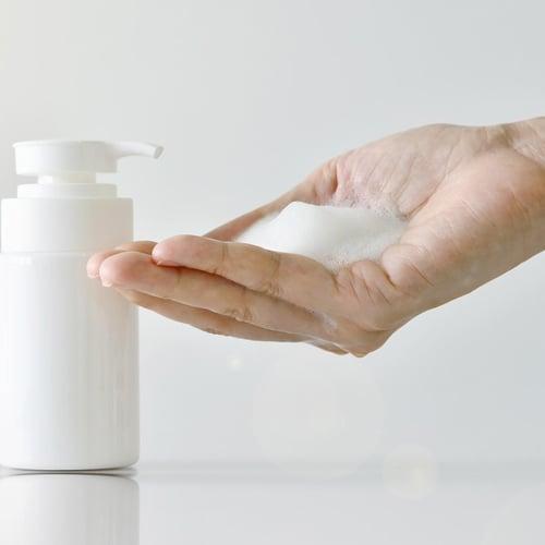 Clarifying Foaming Cleanser Headshot