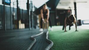 battle-ropes-in-gym