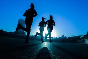 runners at night