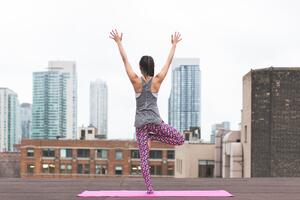 yoga in a city
